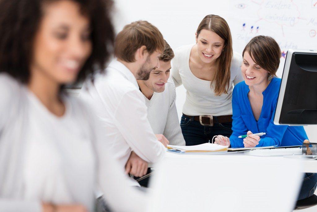 office employees brainstorming