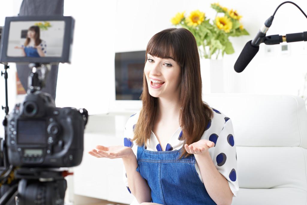 woman making a vlog